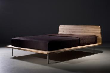 mazzivo m bel outlet i zeitlose designerbetten ab werk letto vintage bett design massiv aus. Black Bedroom Furniture Sets. Home Design Ideas